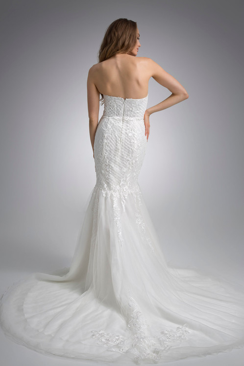 Flores Collection by Angel Rivera Bridal Gown Blanca back