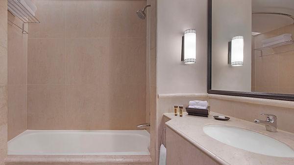 jogsi-bathroom-7286-hor-wide.jpg