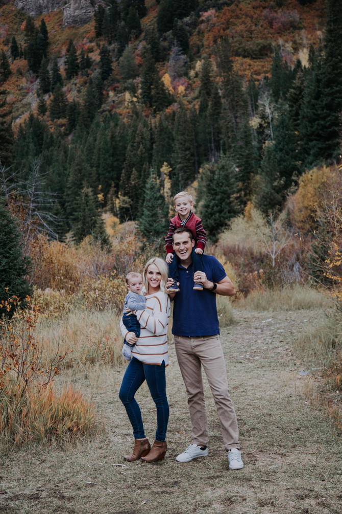 Fall wonderland family pictures!