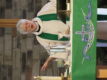 pastorcommunion.jpg