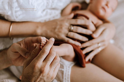 Bulle de mereveille thalasso bain bebe bain enveloppé massage réflexologie bébé émotionnel