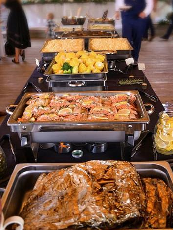 A smokehouse style buffet. 😍__#Hallwaym