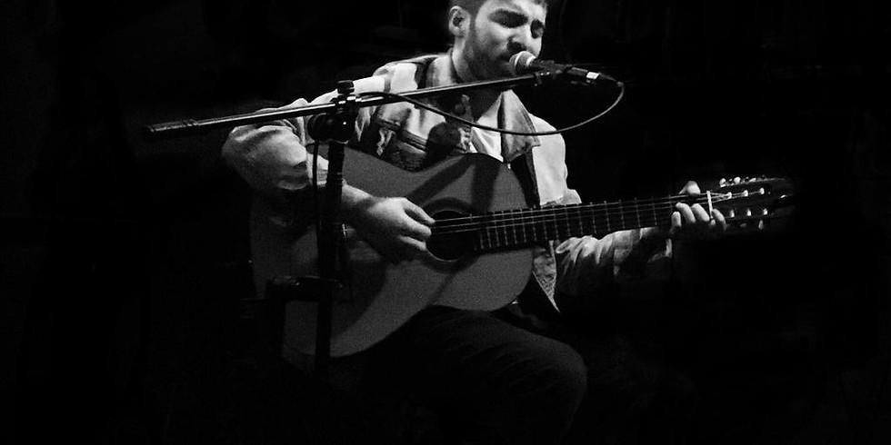Max Hernandez  - Live music / Música en vivo