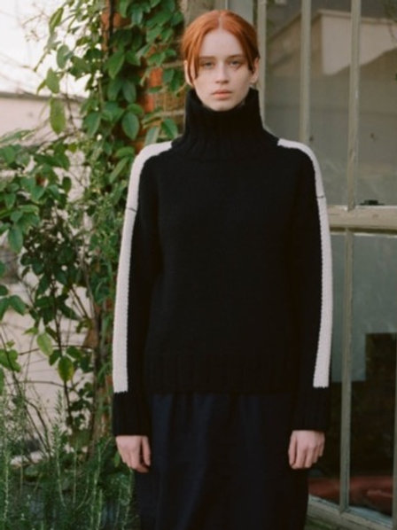 Bluto Lambswool Knitted Jumper