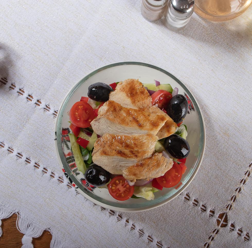 01b. Salata pui Casa Iacob.jpg
