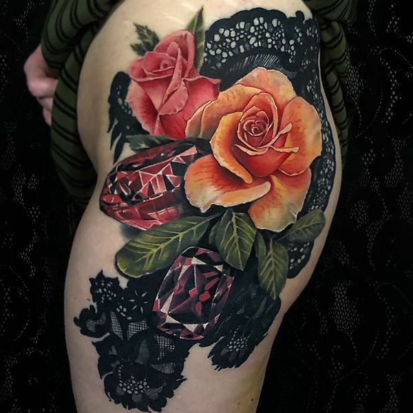 realism color tattoo femine hip roses lace jewels