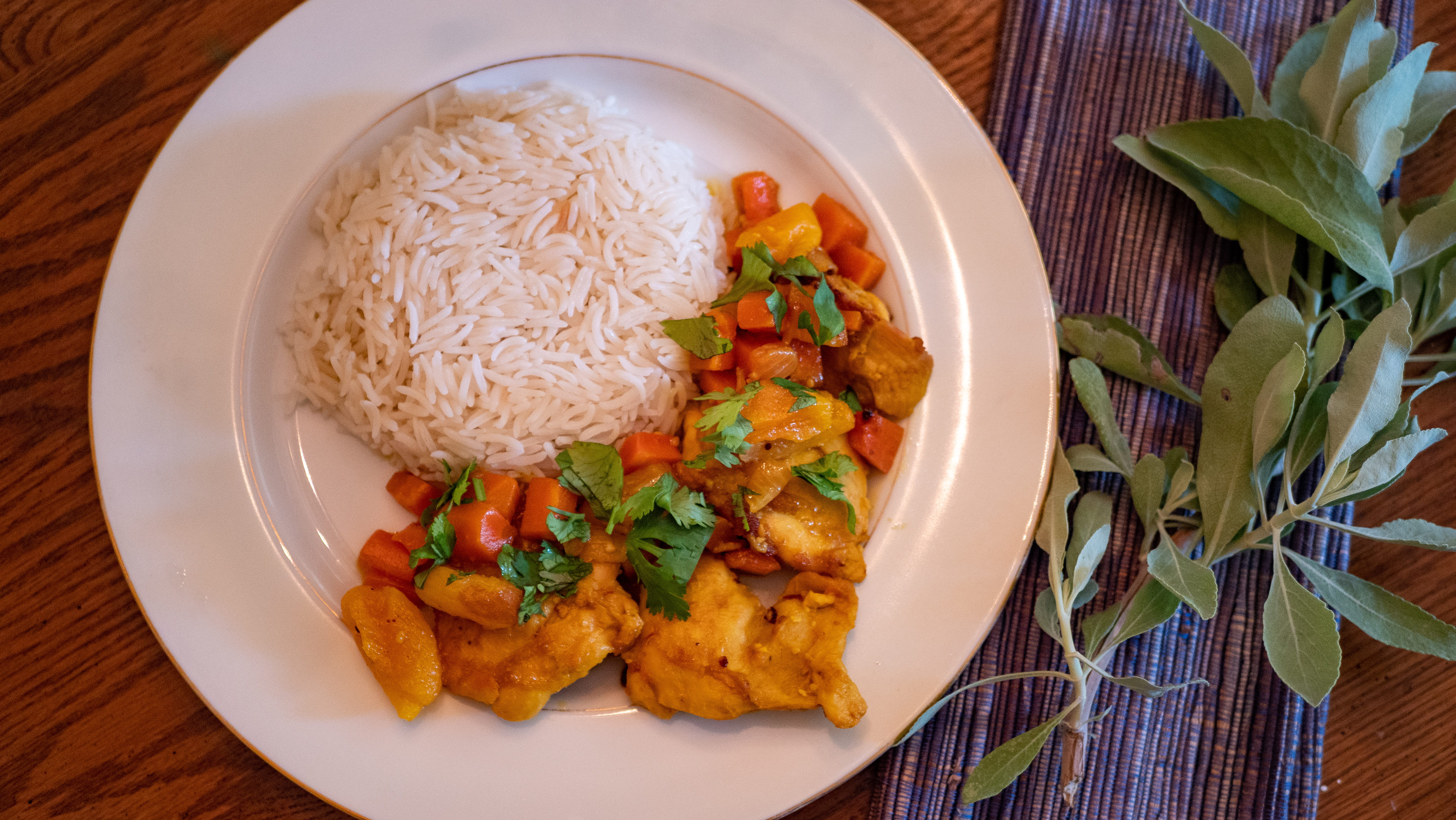 Moroccan Chicken and Apricot Tagine