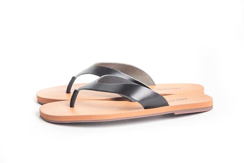 Sandália Anacapri salto rasteiro couros preto atanado
