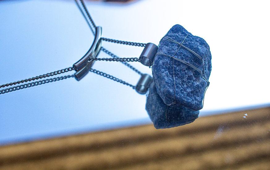 Colar Arco com Amarração Quartzo Azul