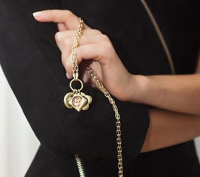 שרשרת זהב תליוני ילדים ותליוני מזל