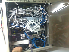 Rack mal cableado