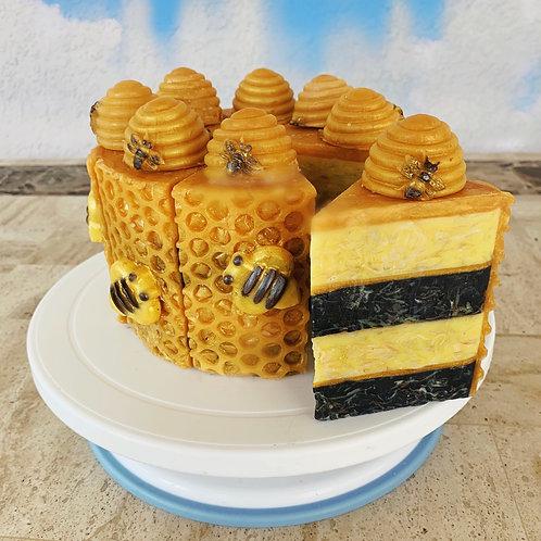 HoneyBee Cake - Slice