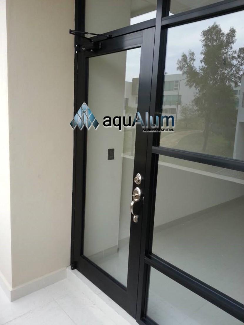 Puertas y ventanas de aluminio y vidrio zona baj o - Puerta de aluminio y vidrio ...