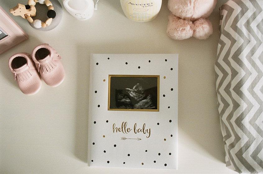 polka-dot-baby-memory-book-with-sonogram