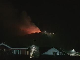 Incendio destruyó vivienda en el sector alto de Queilen