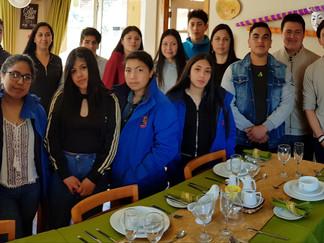 Oficina municipal de turismo y Hotel Yatehue realizan taller gratuito para estudiantes del rubro