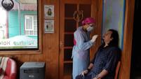 Hospital de Queilen realiza masivos testeos a comerciantes locales