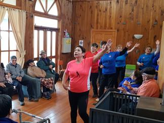 Adultos mayores de Río Negro visitaron a sus pares de Queilen