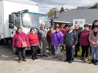Pescadores de Queilen reciben carro de venta para comercialización directa de sus productos
