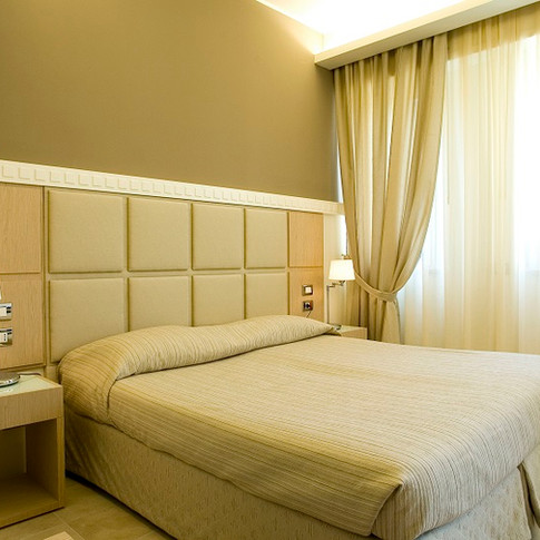 HOTEL MILANO1.jpg