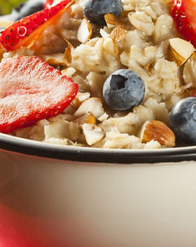 Oatmeal-with-berries2-837x362.jpg