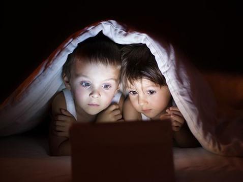 Hrozeb, které číhají na děti v prostředí internetu je mnoho. Víte co jsou to Creepypasta?
