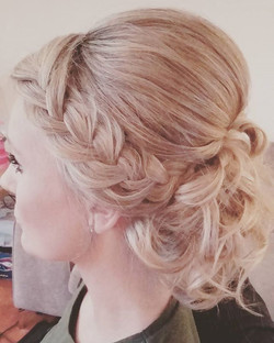 #wedding #hairstyle #bride