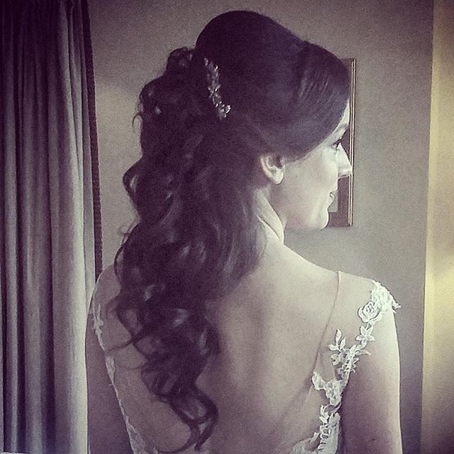 Cascading curls for today's bride