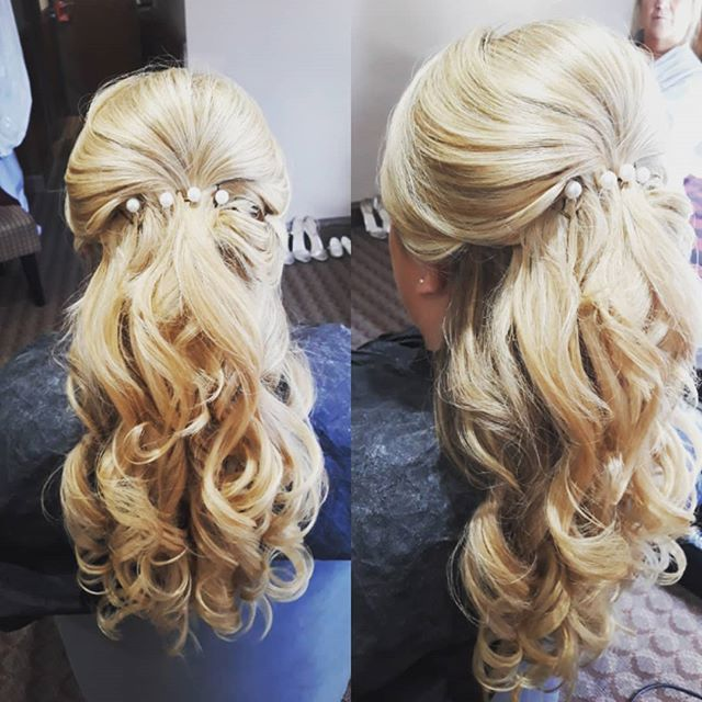 Yesterday's bridesmaids chosen style #bridesmaidhair #wedding #kentwedding #kentbride #westerhamgolf