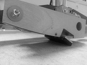 UNE‐ENV 12633:2003 Pendulum Skid tester