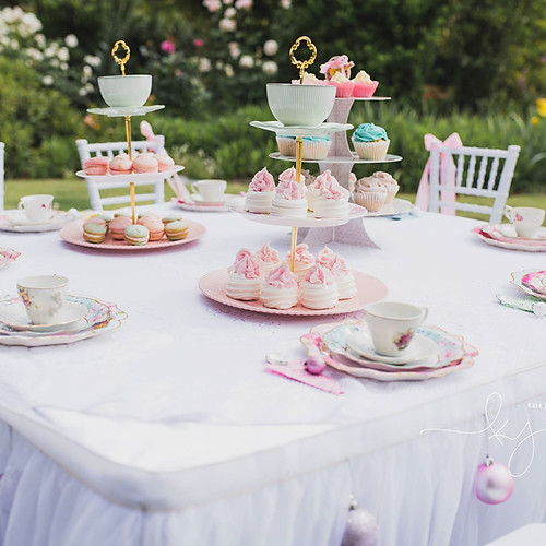 A Christmas High Tea Fairy Tale