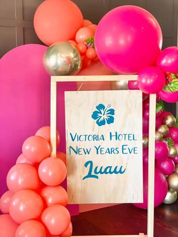 Hawaiian NYE Event