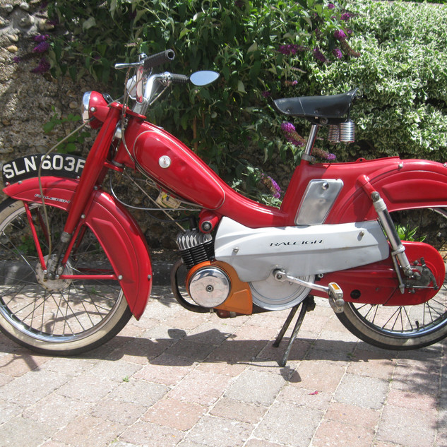 Raleigh_RM5_49cc_Moped Photo By Colin Pennifold