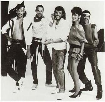 DeBarge_group_photo_(ca_1983).jpg