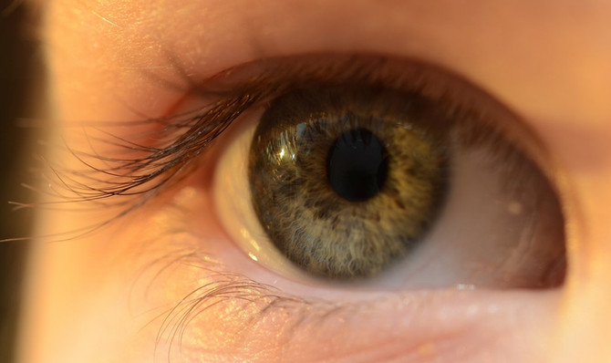 Lentes de contato para controlar a piora da miopia
