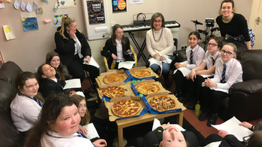 S1 Girls' Pizza & Paint Party