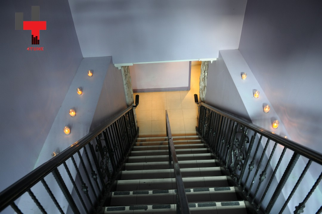 DISARONNO Contemporary Terrace_Maison Mercer-Maison Mercer-054