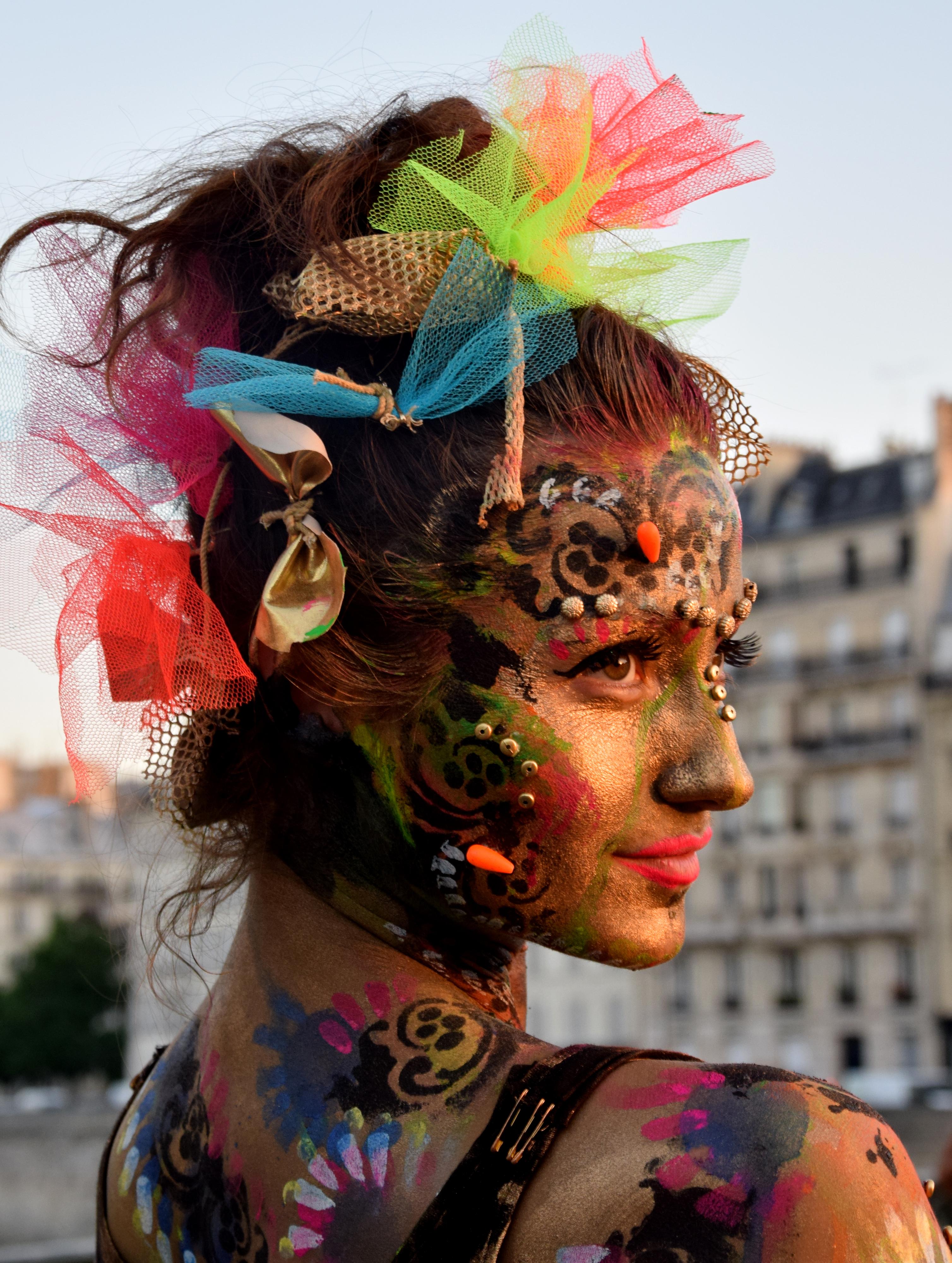 Street show, Le Marais, Paris