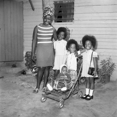 Bob Marley Family 4