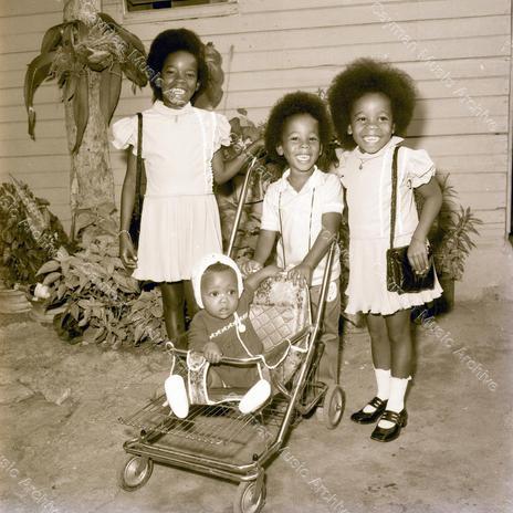 Bob Marley Family 9