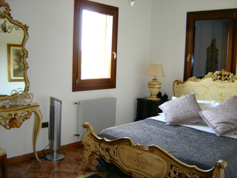 Guest_Room2.jpg