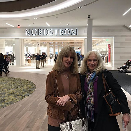 At the beautiful new SoNo Mall with Donna Dearth ! ❤️👏🏻#sonocollection #nordstrom_edited.jpg