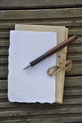 write-2902476_1920.jpg