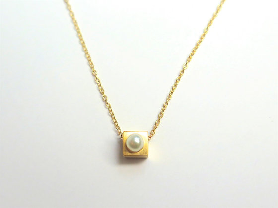 N001K   Baby Cubic Necklace (Gold)