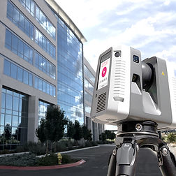 Leica RTX360 Laser Scanner scanning commercial building