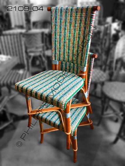 Chaises droites 2109_04.jpg