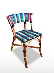 Chaise Té modèle.jpg