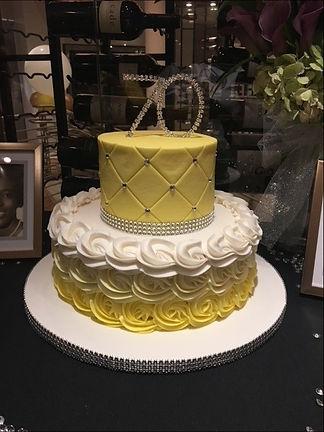 70th Birthday Cake_edited_edited.jpg