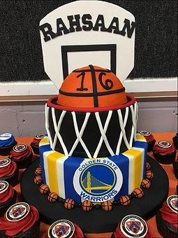 Rahsaan's cake_edited_edited.jpg