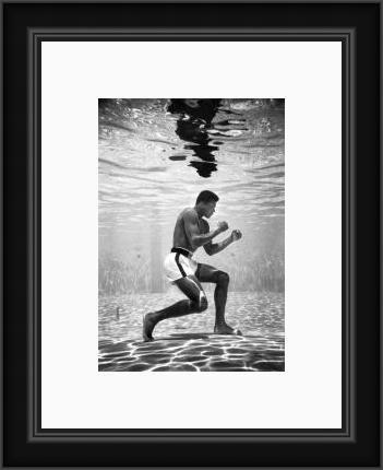 Ali underwater boxing